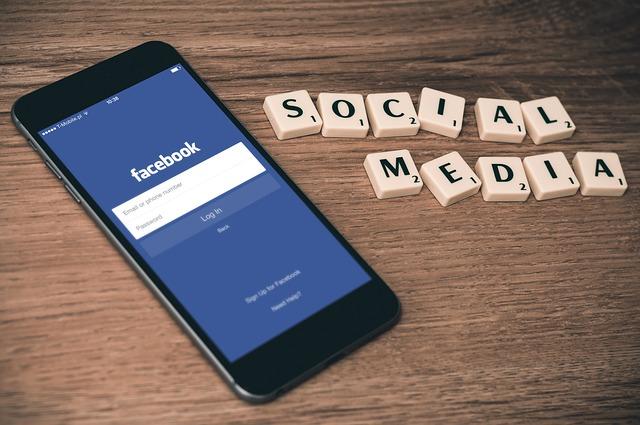 Facebookアカウント割出し調査